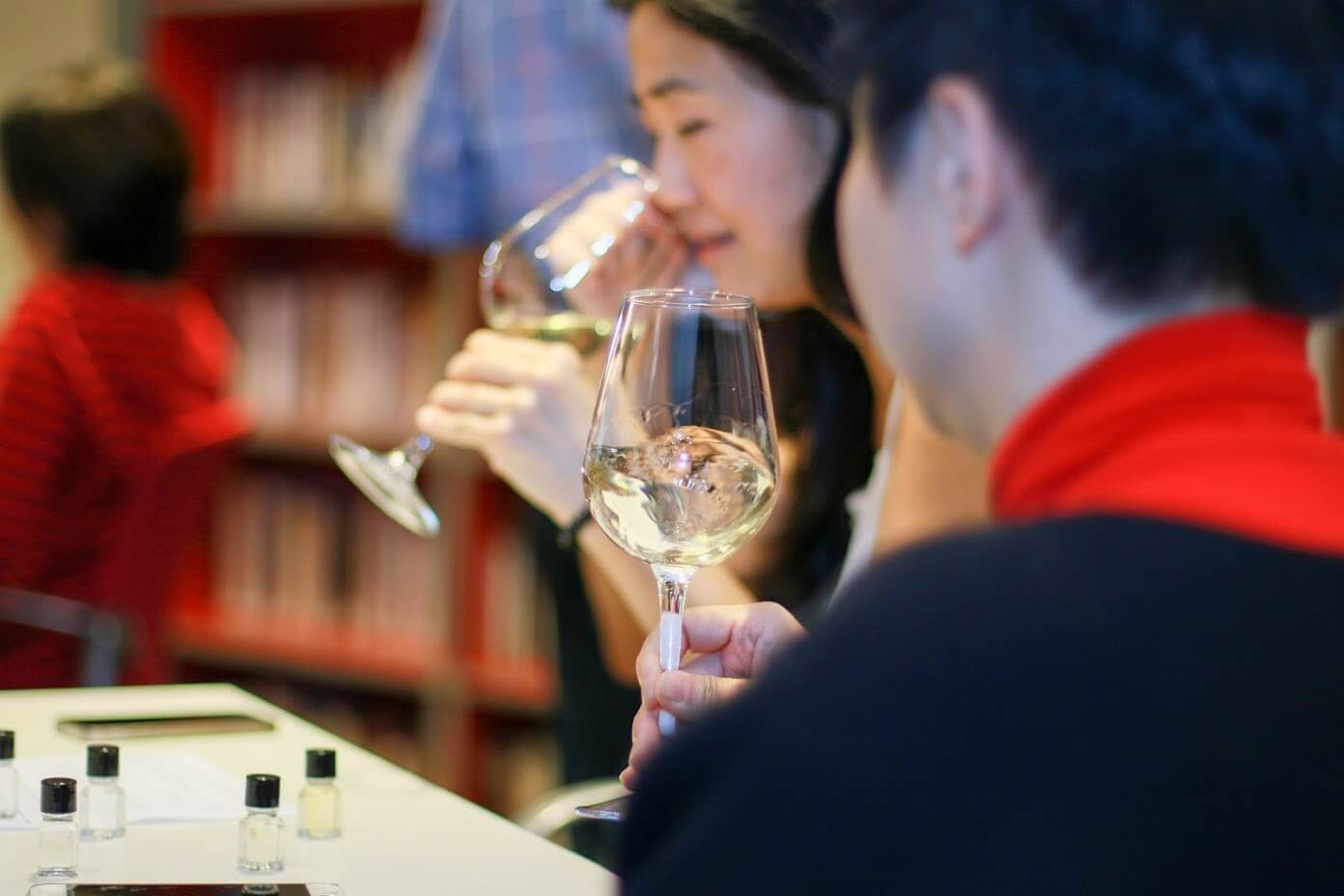 Wine tasting : The art of smelling